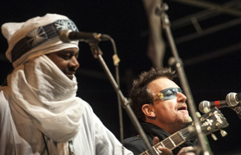 Bono-with-Tinariwen
